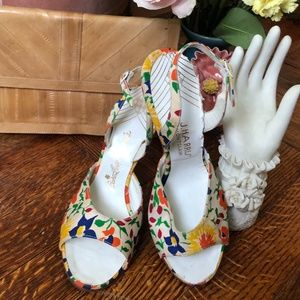 Vintage J. Harris 1950s flower print pumps